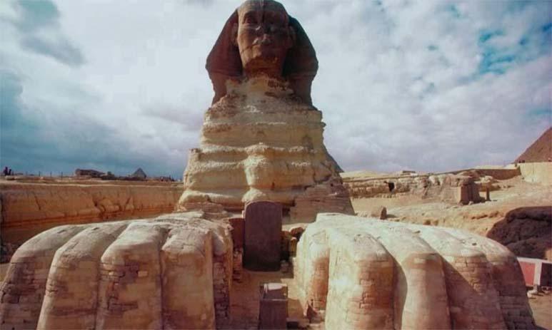 Египетский Сфинкс с Марса?