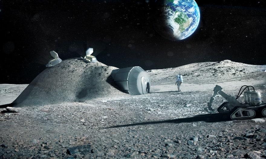 Луна — секретная база пришельцев?